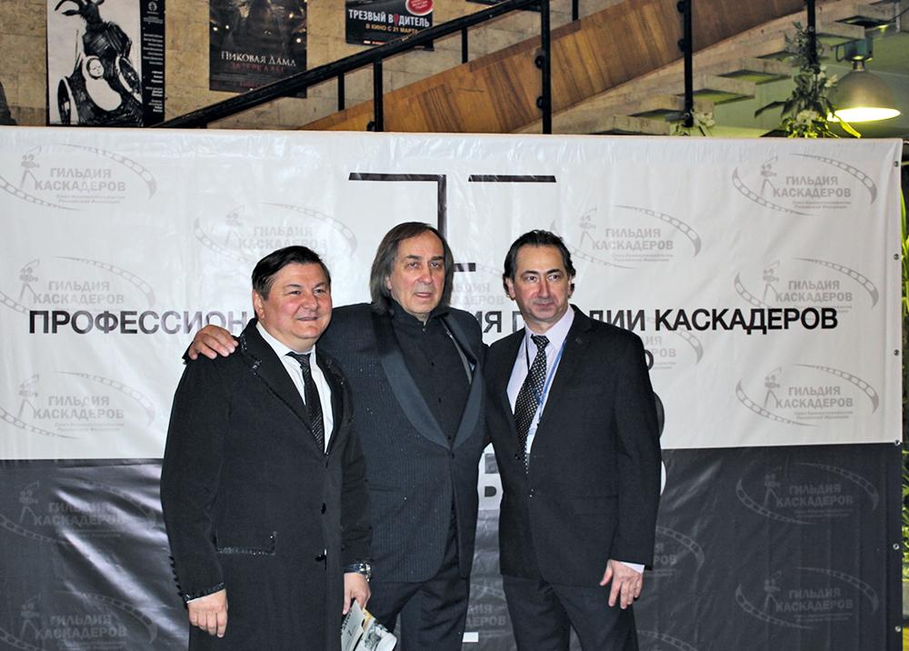 Александр Иншаков (в центре) и Алан Диамбеков (справа). Москва. Дом Кино. На вручении премии