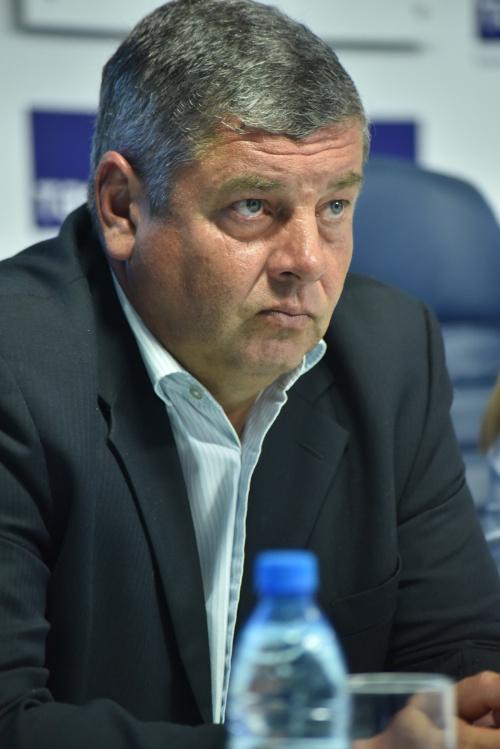На фото: Главный тренер «Новосибирска» Игорь Чугайнов находится на волоске от отставки