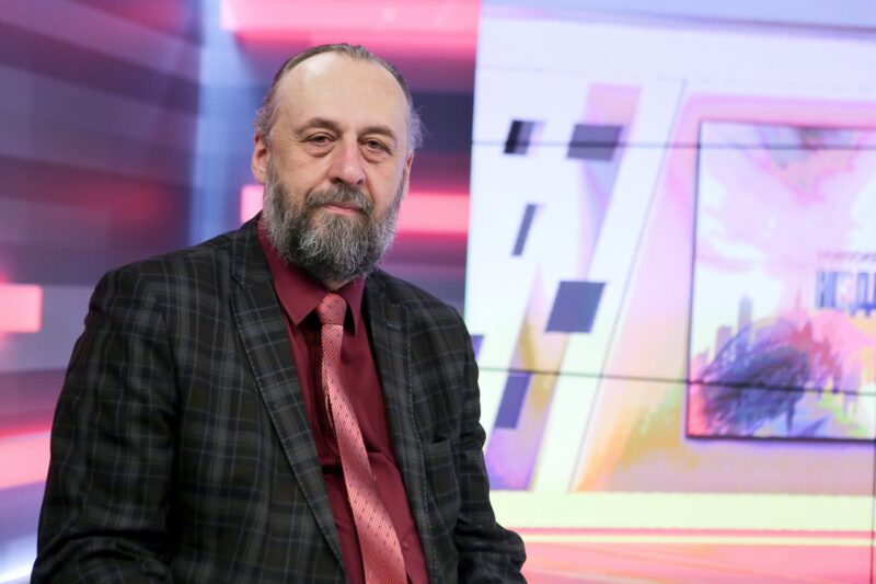Александр Ложкин