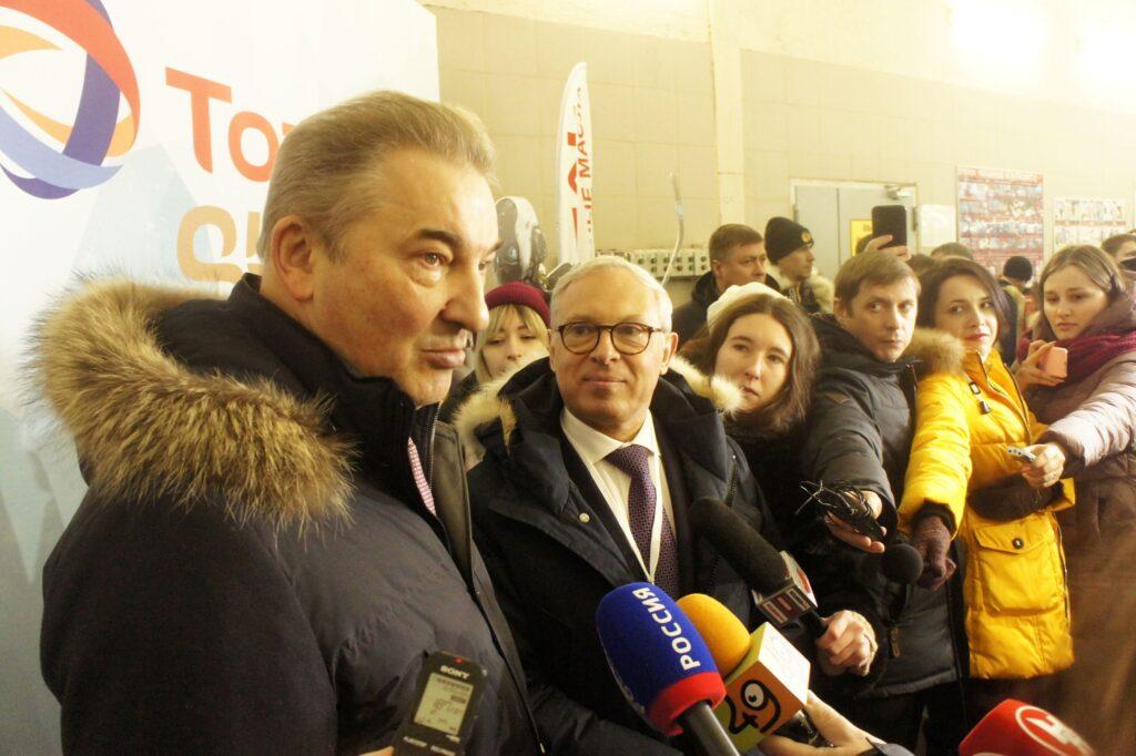 Ажиотаж вокруг персоны Владислава Третьяка в Новосибирске зашкаливал