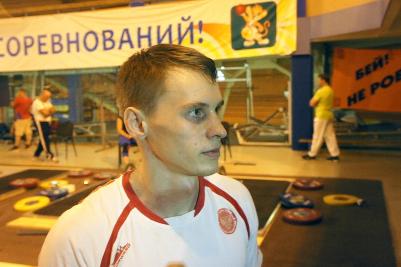 Победитель Кубка России по тяжелой атлетике-2020 Максим Коноплев. Фото автора