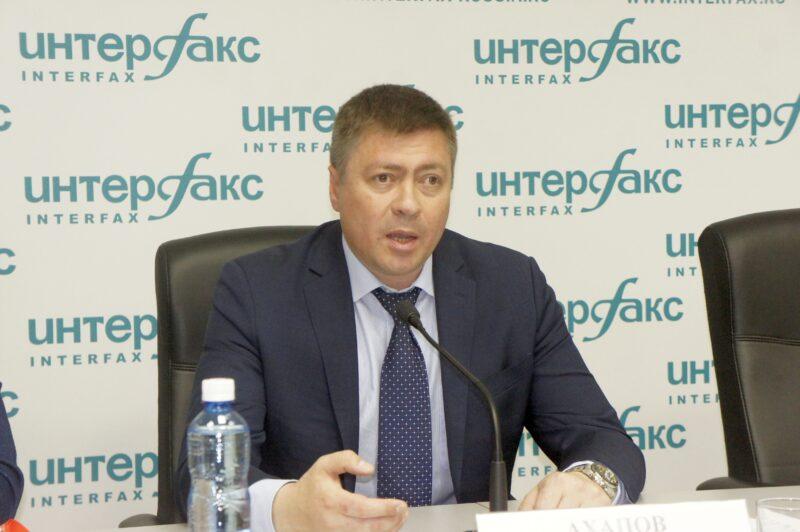 Министр физической культуры и спорта Новосибирской области Сергей Ахапов подписал новый приказ об ограничении тренировочных мероприятий. Фото автора