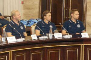 Финны Пуустинен, Йокипакка и Сятери (слева направо) заключили новые контракты с «Сибирью»