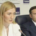 Анна Баранова и Андрей Жуков на пресс-конференции ФК «Новосибирск» летом 2019 года