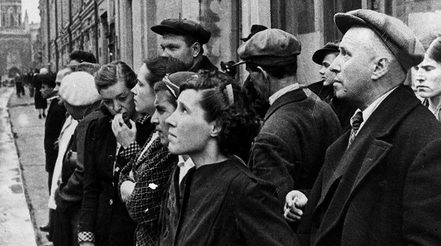 Е.Халдей. Первый день войны. 22-июня 1941 года