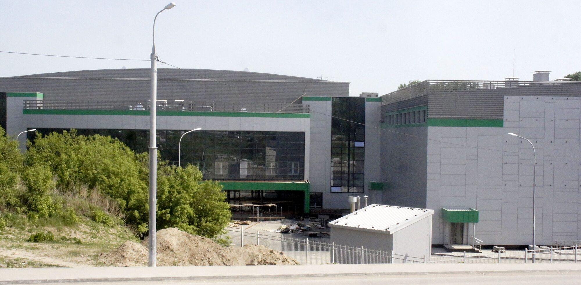 Строящийся центр волейбола в Новосибирске. Фото автора