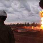 Военные потушили пожар на нефтяной скважине в Иркутской области