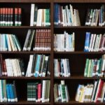 Что почитать на выходных: десять лучших книг марта