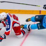 «Сибирь» дала бой чемпиону в первом домашнем матче КХЛ