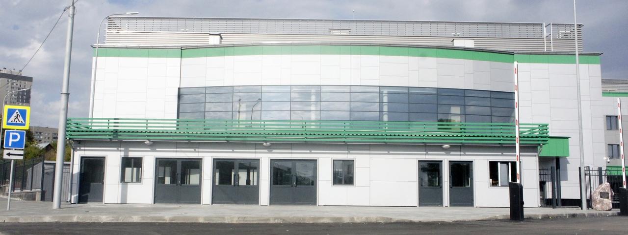 Региональный центр волейбола в Новосибирске. Фотографии сделаны автором 3 сентября 2020 года