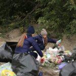 Волонтеры вывезли 240 мешков мусора с пляжа в Новосибирске