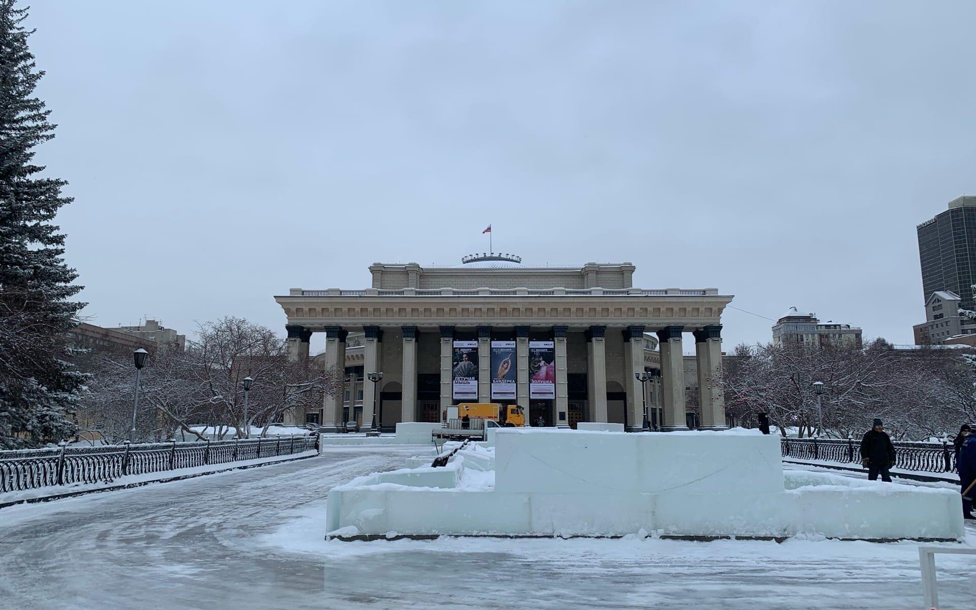 оперный театр готовят к новому году