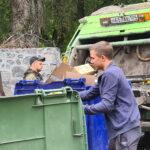 мусорщики работают