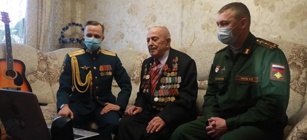 ветеран и военные
