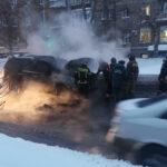 В Новосибирске заогрелась машина