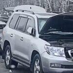 Land Cruiser врезался в ВАЗ: пострадала женщина за рулём отечественного авто
