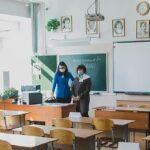 Некоторые школы Новосибирской области вынуждены продлить учебный год