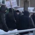 Несанкционированное шествие в Новосибирске. Источник: видеотрансляция штаба Навального