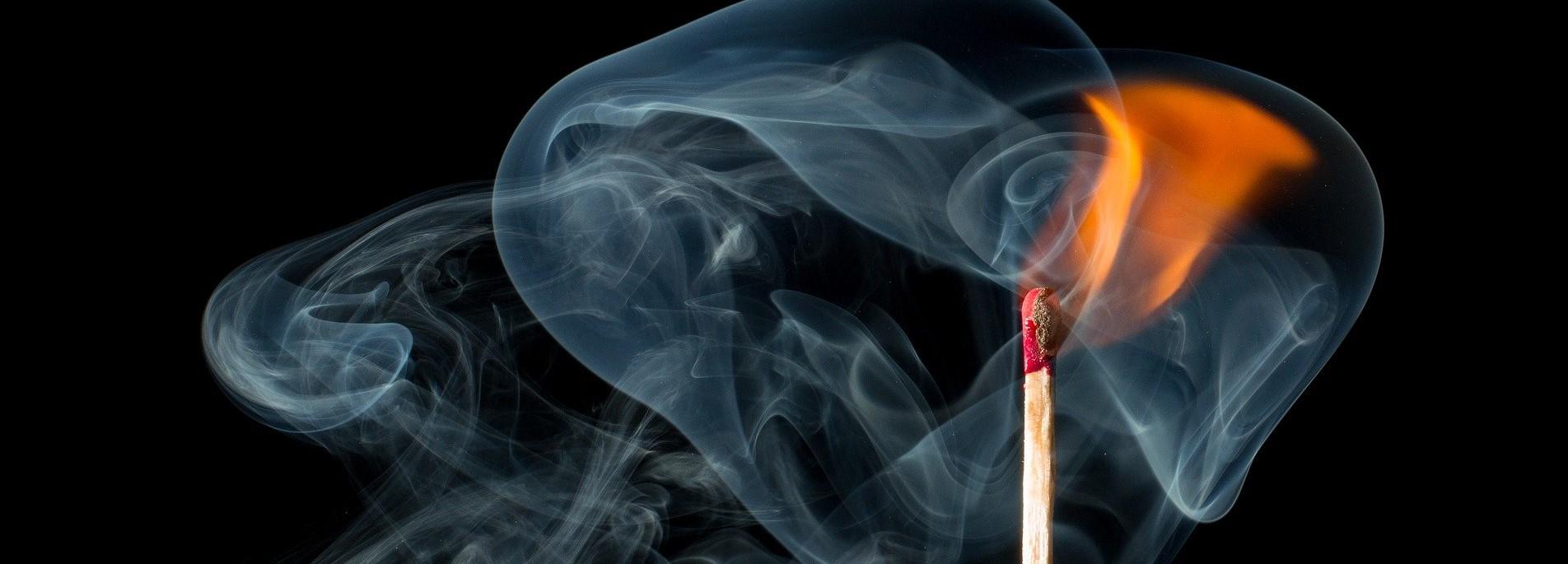дым, спичка