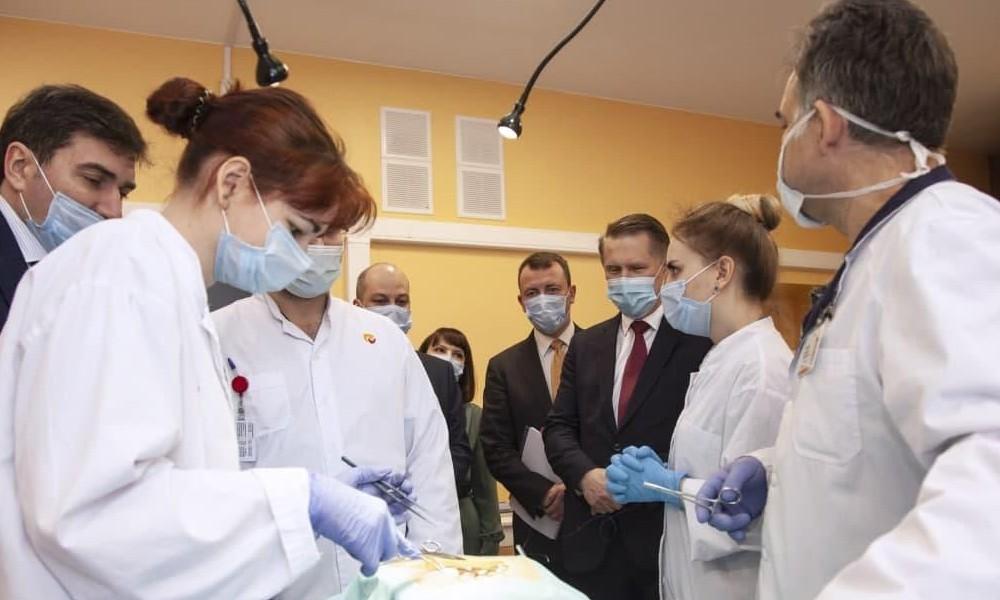 клиника Мешалкина-Мурашко операция
