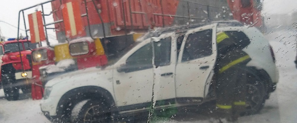 рено попал под поезд Renault Duster ДТП тепловоз АСТ-54