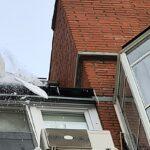 В смерти под ледяной лавиной женщины обвинили владелицу балкона