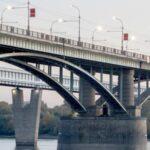 Троллейбусы не будут ходить по Коммунальному мосту в Новосибирске во время ремонта