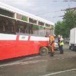 Трамвай сошел с рельсов
