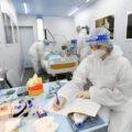 Тематический вагон «Победа над невидимым врагом» рассказывает о подвиге военных медиков в период борьбы с COVID-19