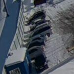 Четверо новосибирцев сняли металлическое ограждение на станции Сибирская и продали