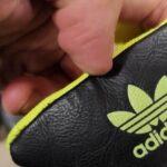 Новосибирск наводнили контрафактная одежда и обувь