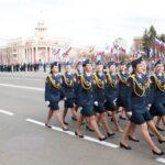 В Кемерово, за потерянную туфельку на параде, губернатор вручил медаль «золушке» из ГУФСИН