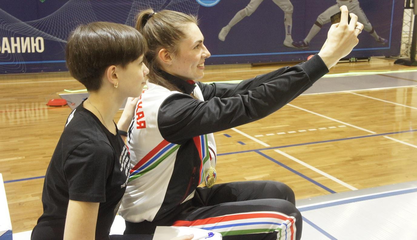 София Позднякова - чемпионка России по фехтованию в Новосибирске
