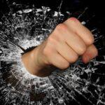 В Томской области, 23 мая, сотрудник ГИБДД попал под горячую руку