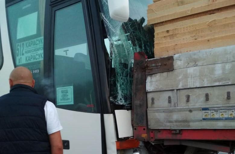 авария, автобус