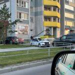 Мальчик, на которого упала пятилитровая бутылкас водой в Барнауле, сломал позвоночник