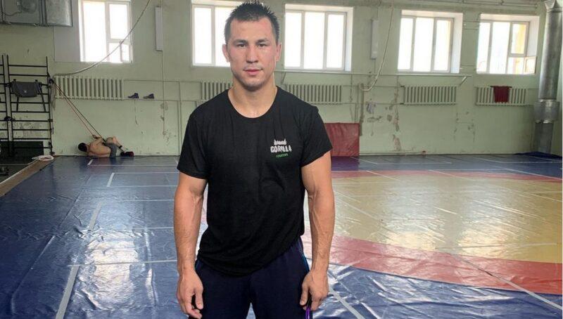 Борец Роман Власов в Новосибирске