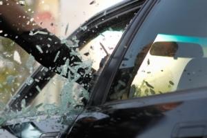 автомобиль, стекло, ограбление