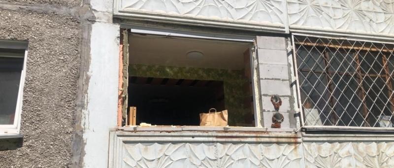 выбитое окно, взрыв