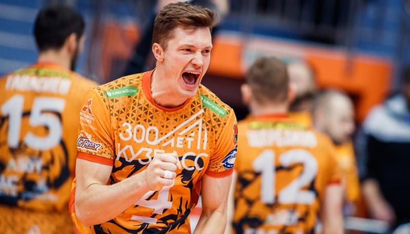 волейболист Игорь Кобзарь