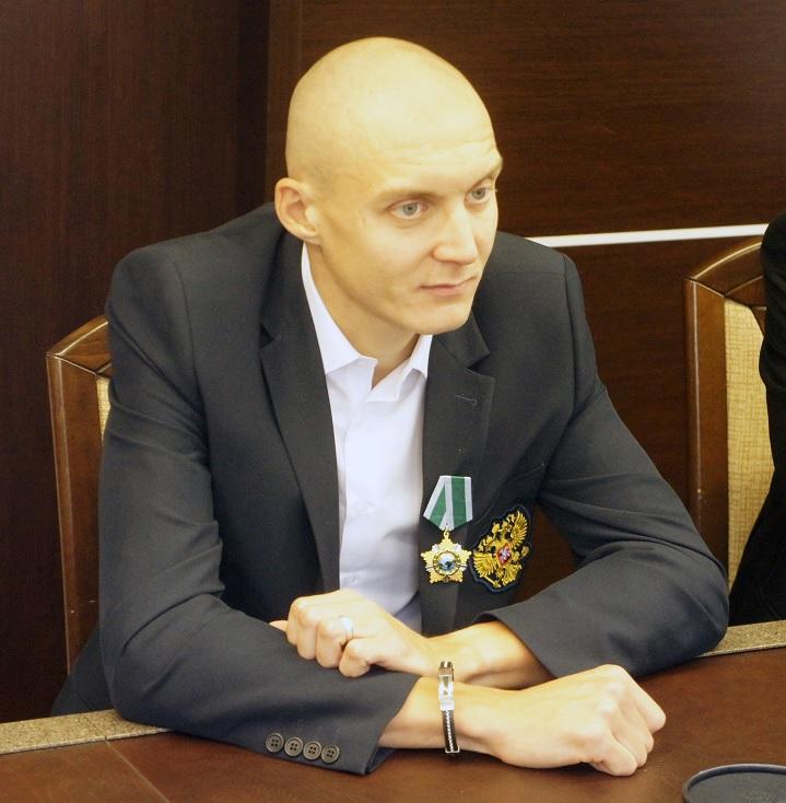 Паралимпийский чемпион по лёгкой атлетике Антон Кулятин