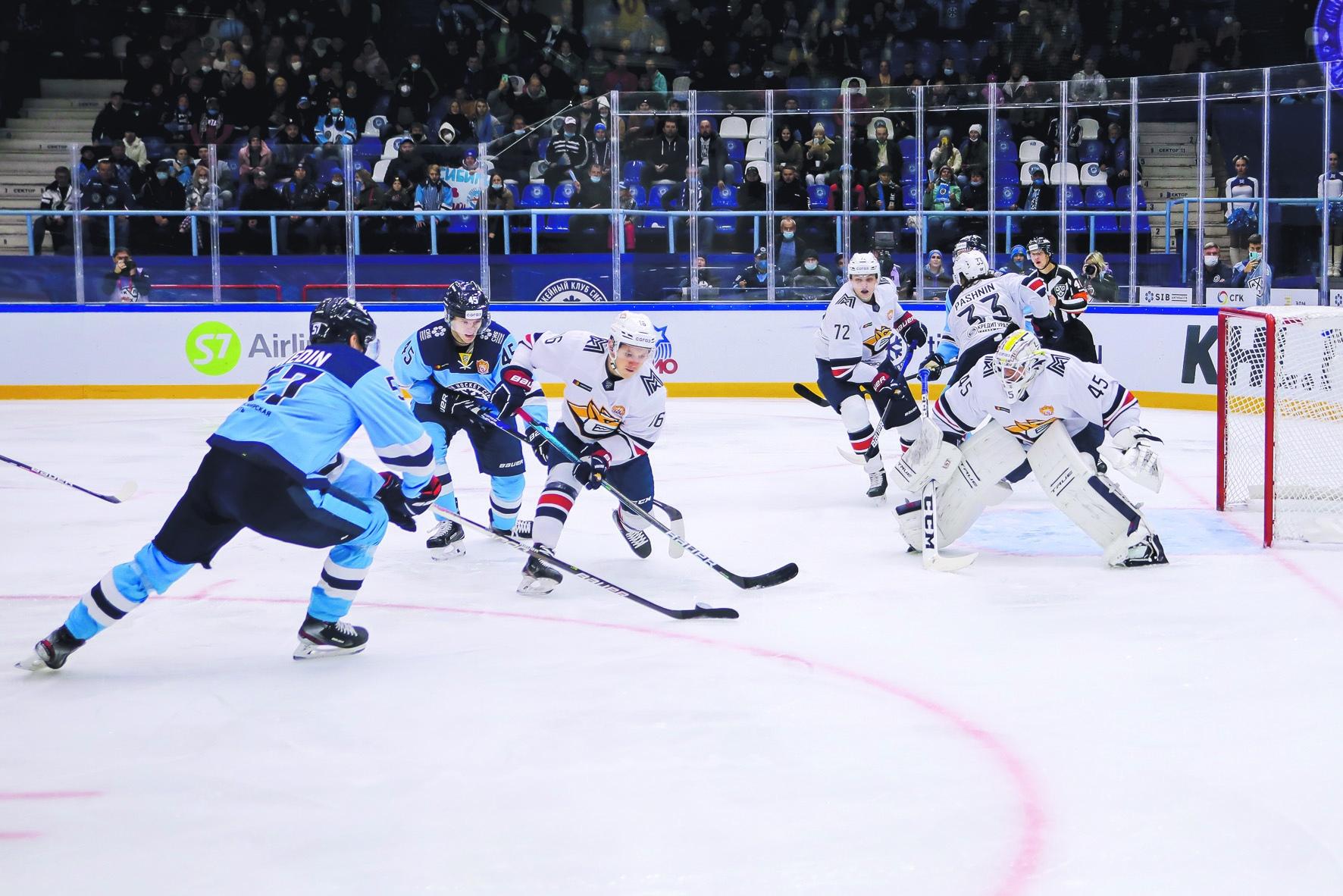 хоккейный матч Сибирь - Металлург
