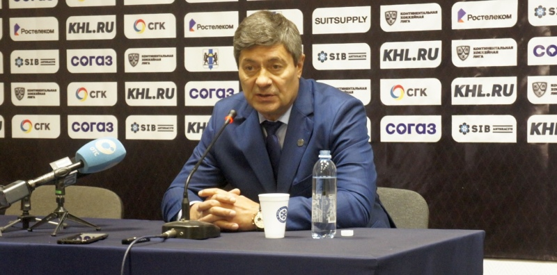 главный тренер «Сибири» Андрей Мартемьянов
