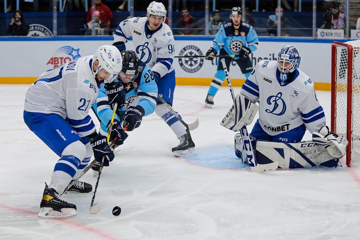 хоккейный матч «Сибирь» - «Динамо»