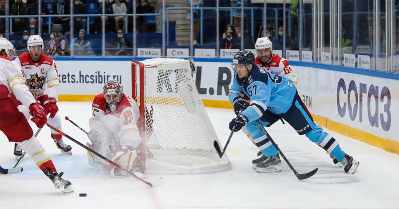 матч КХЛ Сибирь - Куньлунь
